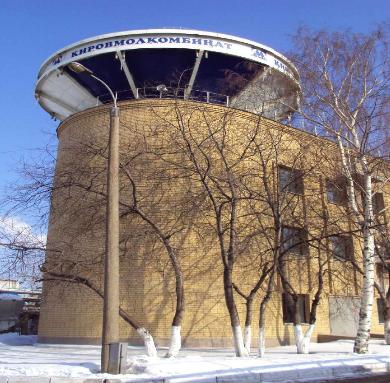 Кировский молочный комбинат  Насосная станция с резервуарами холодной воды  на 500м3 и горячей воды на 200м3